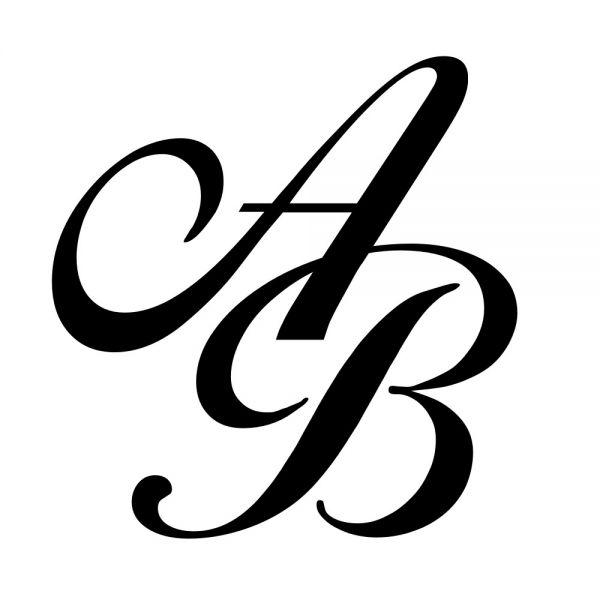 Monogramm-Gravur in Stein