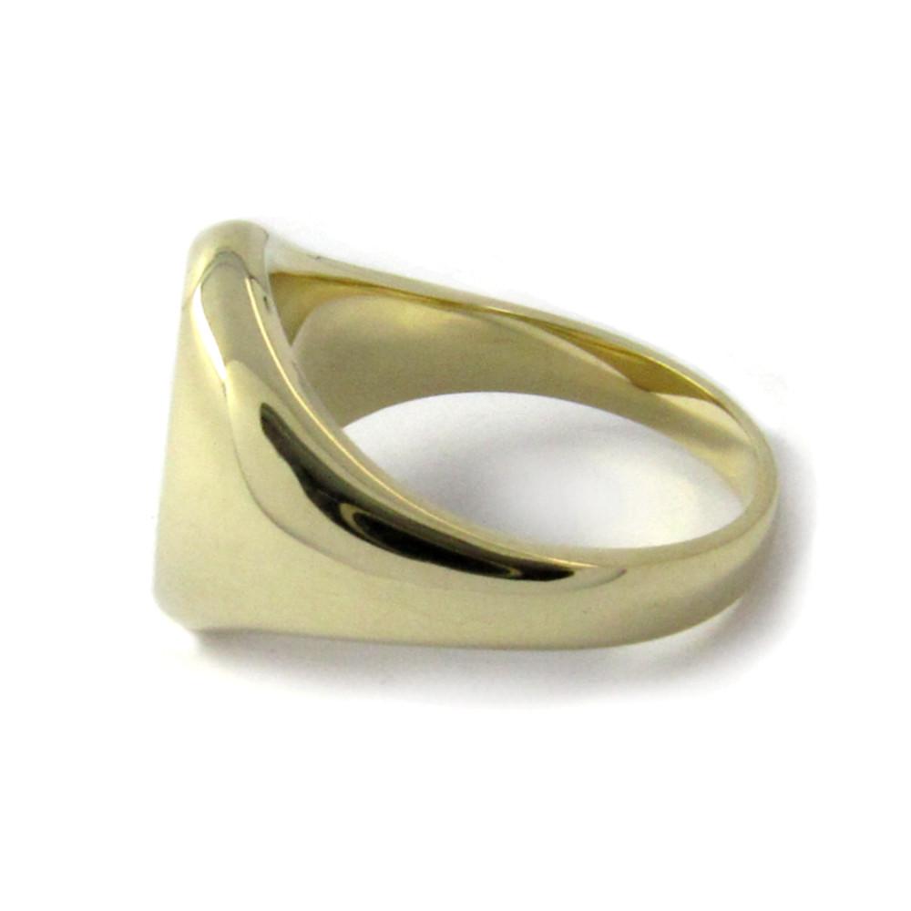 Siegelring in Gold mit Stein 13x10 mm oval, tailliert